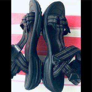 TEVA Hiking/ Beach Velcro Adjusting Sandals